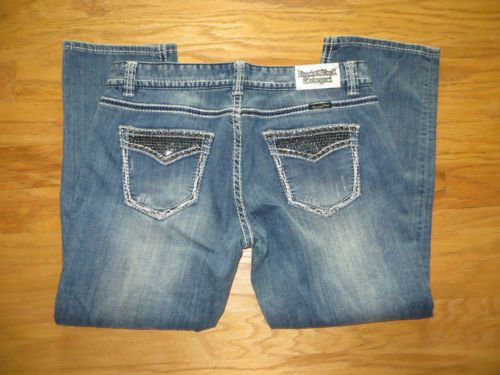 """ROCK & ROLL COWGIRL Hemitite Nailhead FLap Pocket CROP JEANS NWOT 33"""" W  our prices are WAY BELOW RETAIL! all JEWELRY SHIPS FREE! www.baharanchwest... baha ranch western wear ebay seller id soloedition"""