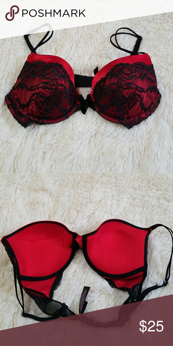 87527f4db2 Victoria s Secret very sexy plunge bra 34 C Red and black. Only worn a  couple of times. Victoria s Secret Intimates   Sleepwear Bras