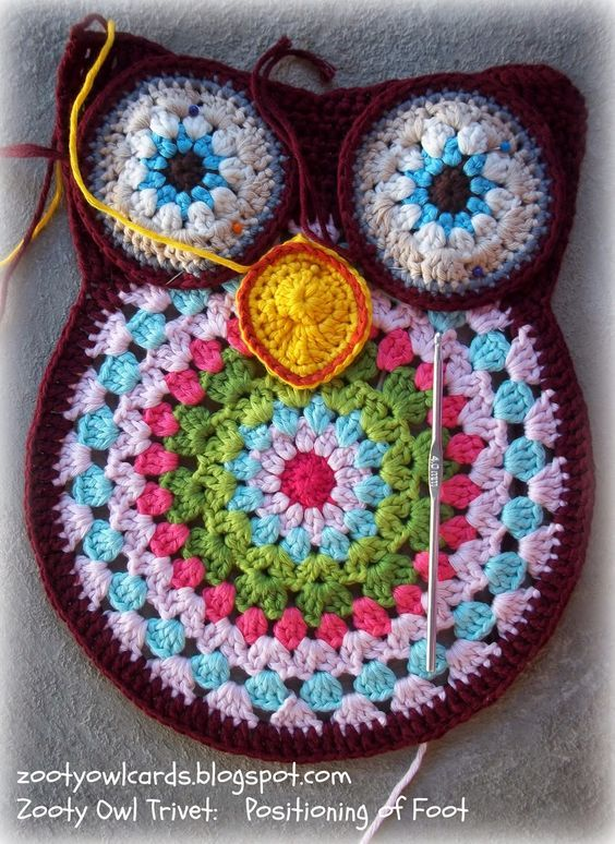 zooty owl crochet trivet (s) More | crochet potholders and ...