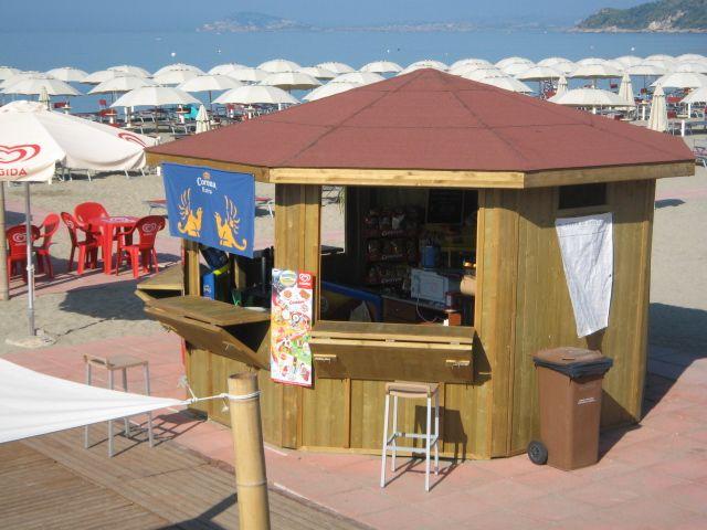 Gazebo in legno uso chiosco in spiaggia. | Idee per Ristoranti, Bar ...