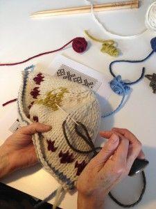 "How to Knit ""Cheats Fair Isle"" by Erika Knight"