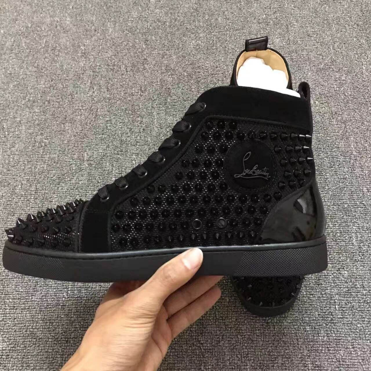 Pin by Tom on Louboutin sneakers All black sneakers