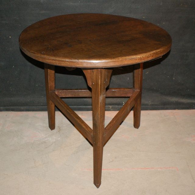 Welsh Oak Cricket Table-Good 19th C Welsh oak cricket table with a wonderful thick top. 1820.
