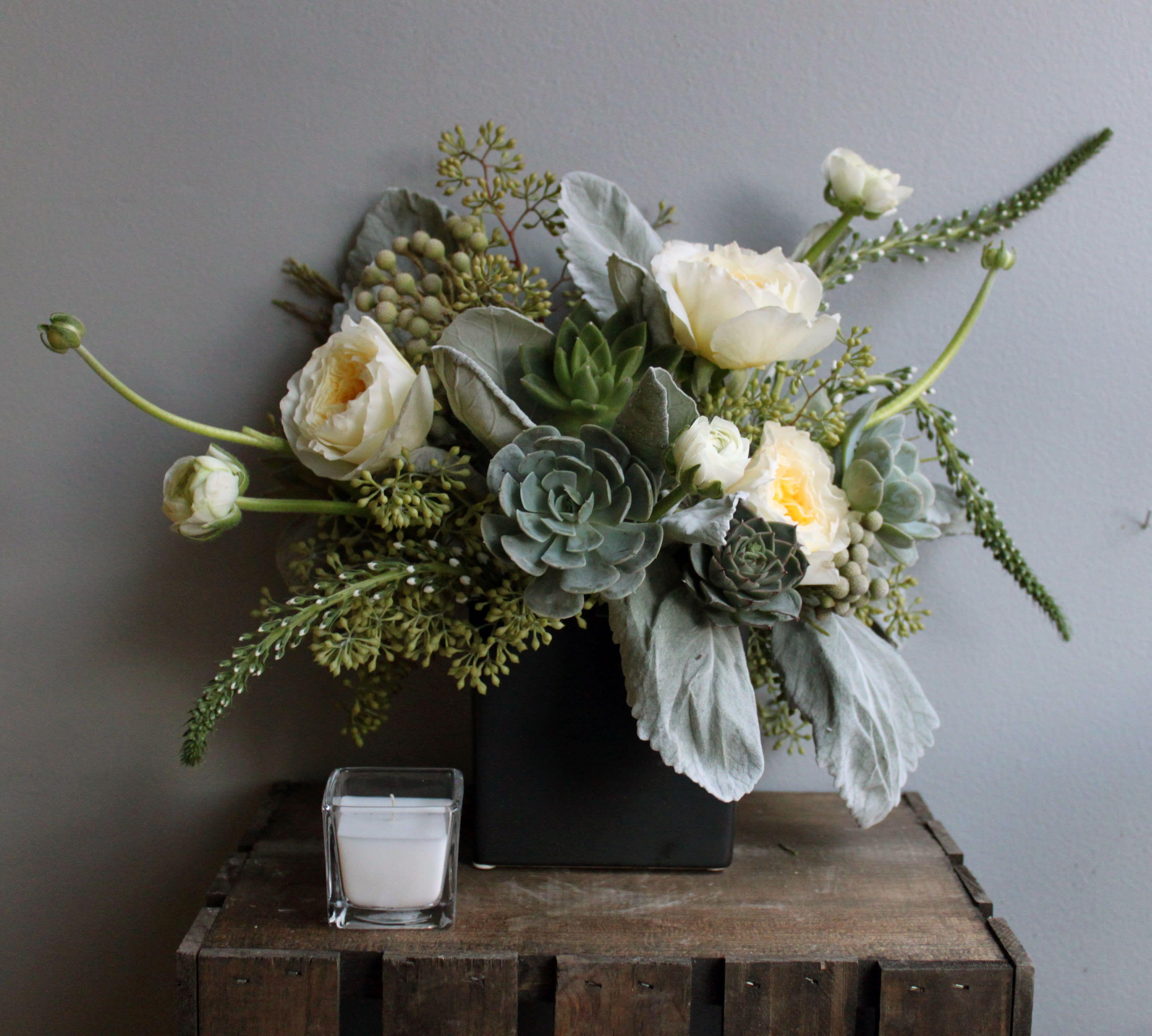 Taylor In Boston Ma Back Bay Florist In 2020 Funeral Floral Arrangements Funeral Flower Arrangements Hotel Flower Arrangements