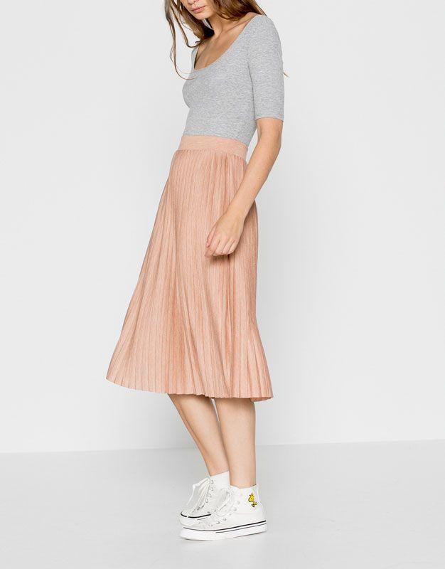 Falda plisada midi - Faldas - Ropa - Mujer - PULL&BEAR México