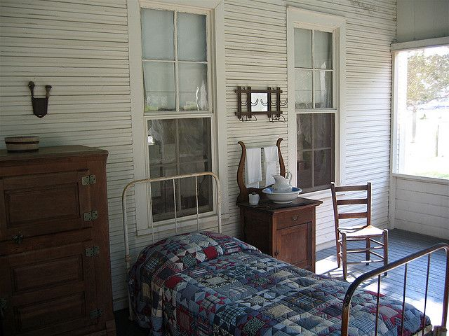 Sleeping Porch : the kind my grandparents grew up with