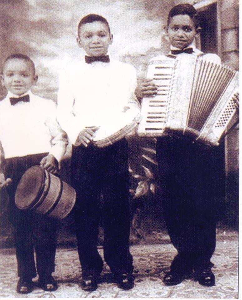 Dominguinhos e seus irmãos ainda pequenos!!! Os 3 Pinguins!!!