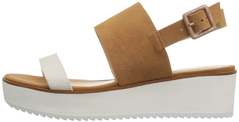 Schutz Women's Gianda Flat Sandal >>> To view further for this item, visit