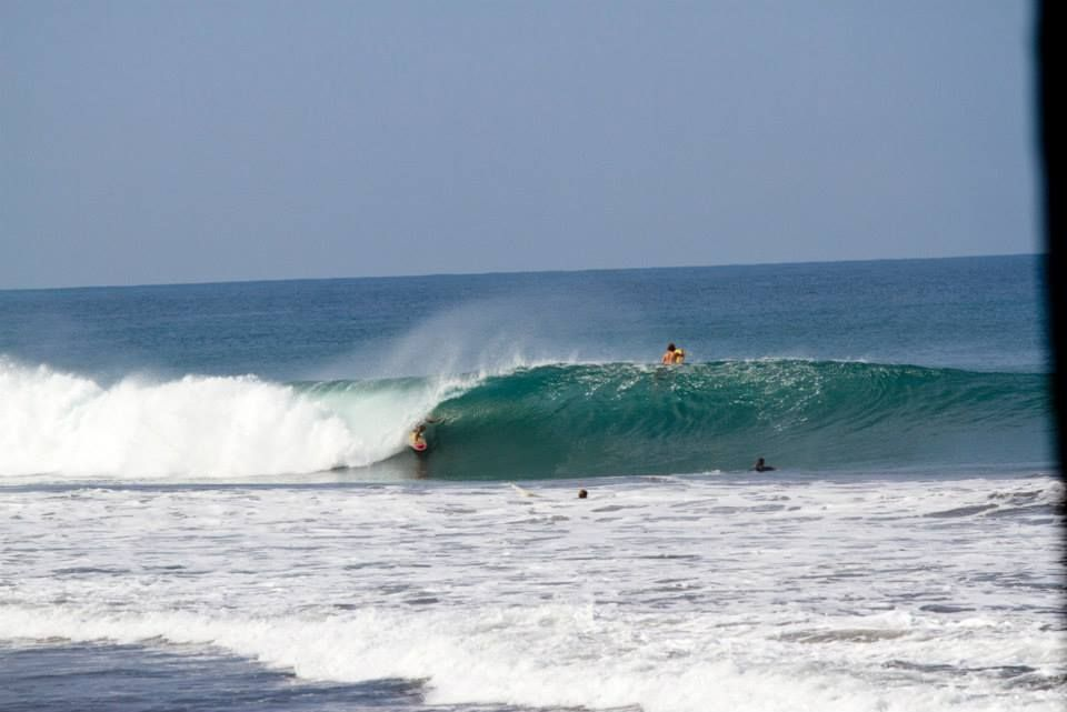 A Buddy Of Mine Getting Shacked In Mainland Mex Last Week Surfing Mainland Outdoor
