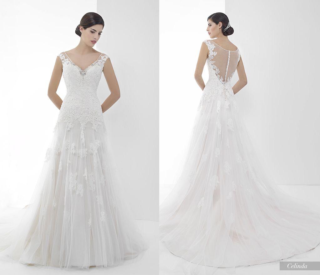 Lisa robertson in wedding dress - Celinda Miquelsuay Bridalcollection