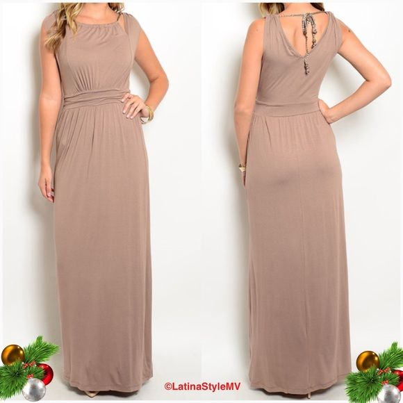 Stunning Maxi Dress Stunning Maxi Dress    This sleeveless gown features a rounded neckline, cutout along yoke and empire waist cut.                                                                          Sizes: S-M-L Dresses Maxi