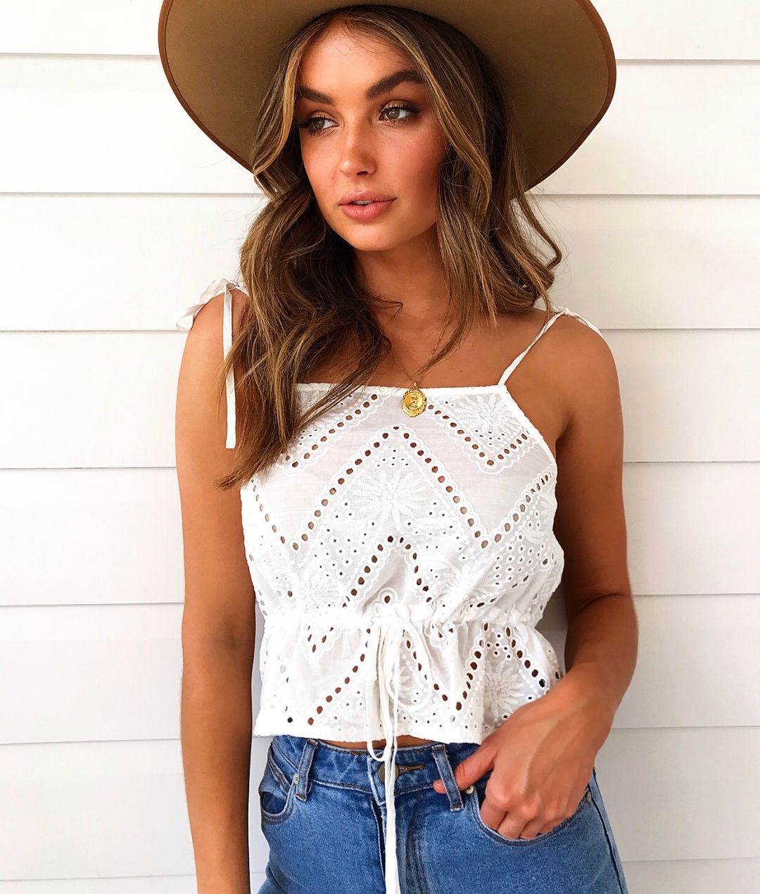 2720d1611f Spring Summer crochet tops for that vintage fashion inspo!  muraboutique