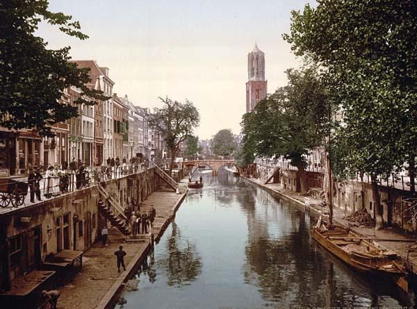 You are viewing an important image of The Oude Gracht Hamburgerbrug, Utrecht. This color photochrome print was taken between 1890 and 1900 in Utrecht, Holland.    The picture shows The Oude Gracht Hamburgerbrug, Utrecht, Holland.