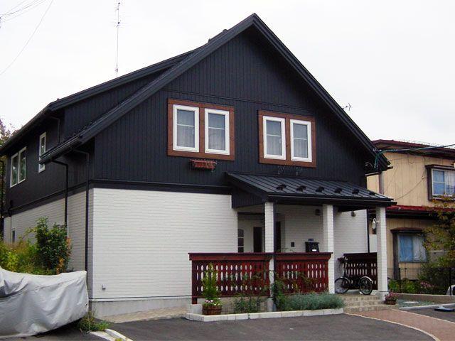 ポーチの屋根を大きくして 車への移動や自転車置き場を確保