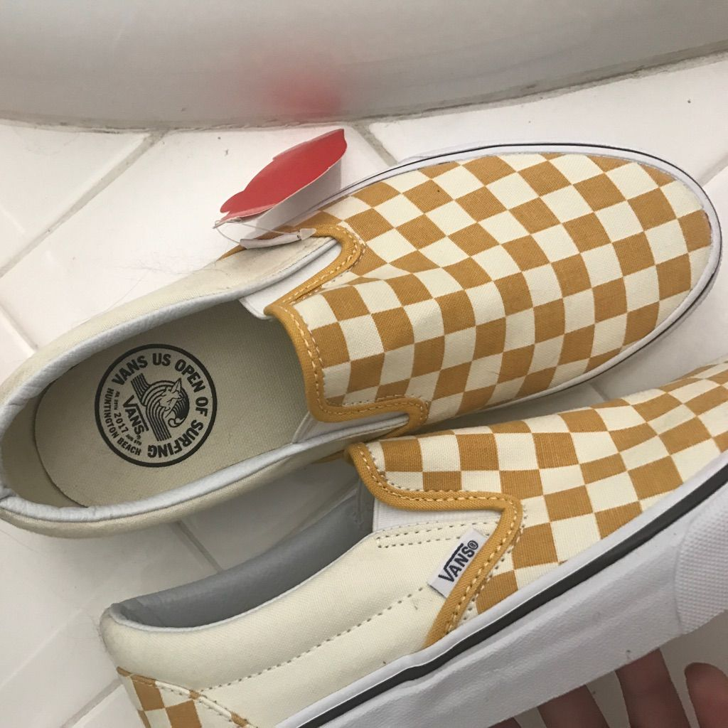 0fe7dd16dc7 Vans New Limited Edition Yellow Checkered Slip On