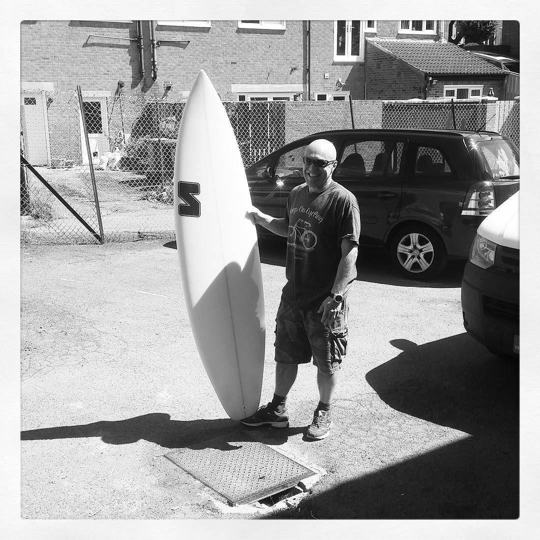 "Walmir collecting his 6'7"" Speedster. #visionary #custommade #shortboard #surfboards #surfboard #madetoorder http://ift.tt/19MEsb6"