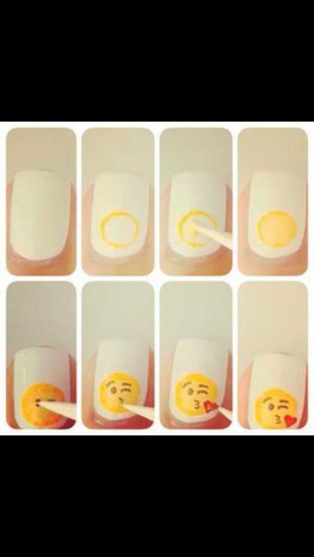 Emoji nails   Emoji   Pinterest   Arte de uñas, Chicas lindas y Chicas