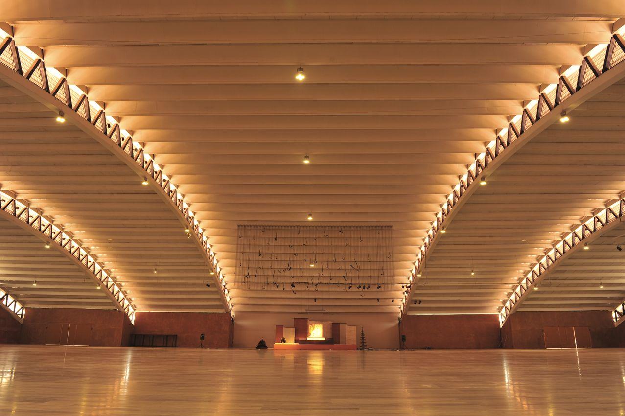 Take a tour of the Isha Yoga Center near Coimbatore. The ...