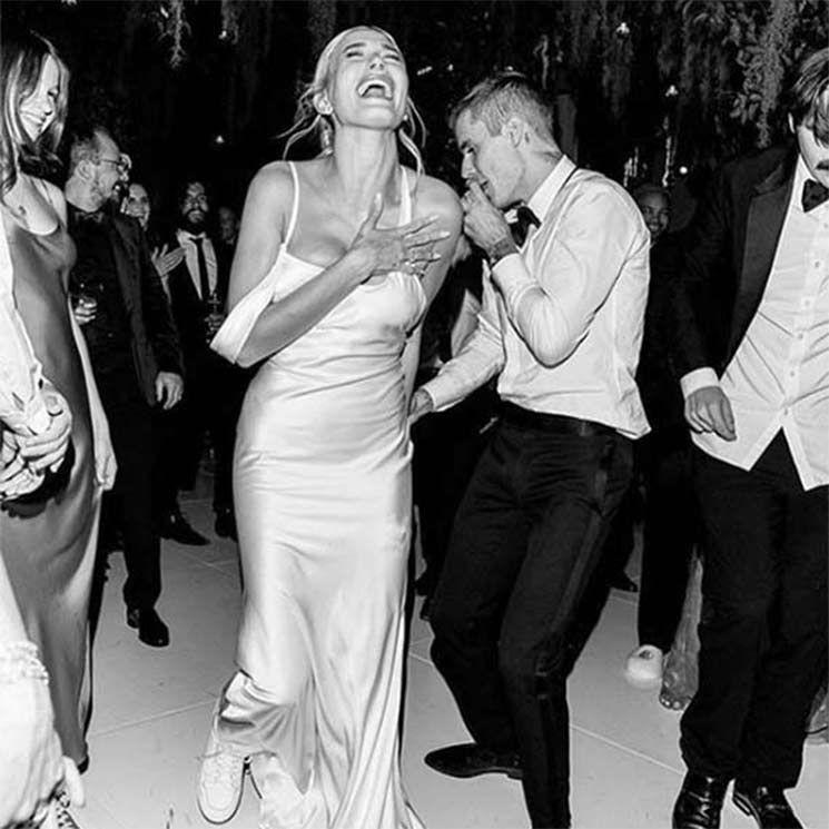 Photo of Beste Promi-Brautkleider von 2019 – von Ellie Goulding bis Hailey Bieber