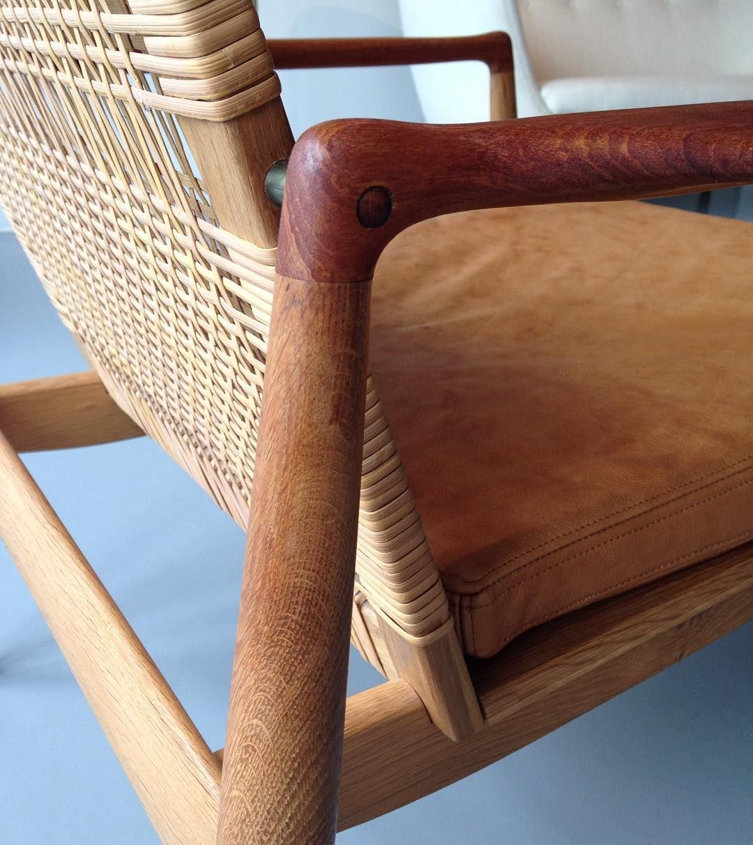 danskmobelkunstDetail of Finn Juhl's easy chair Model 96