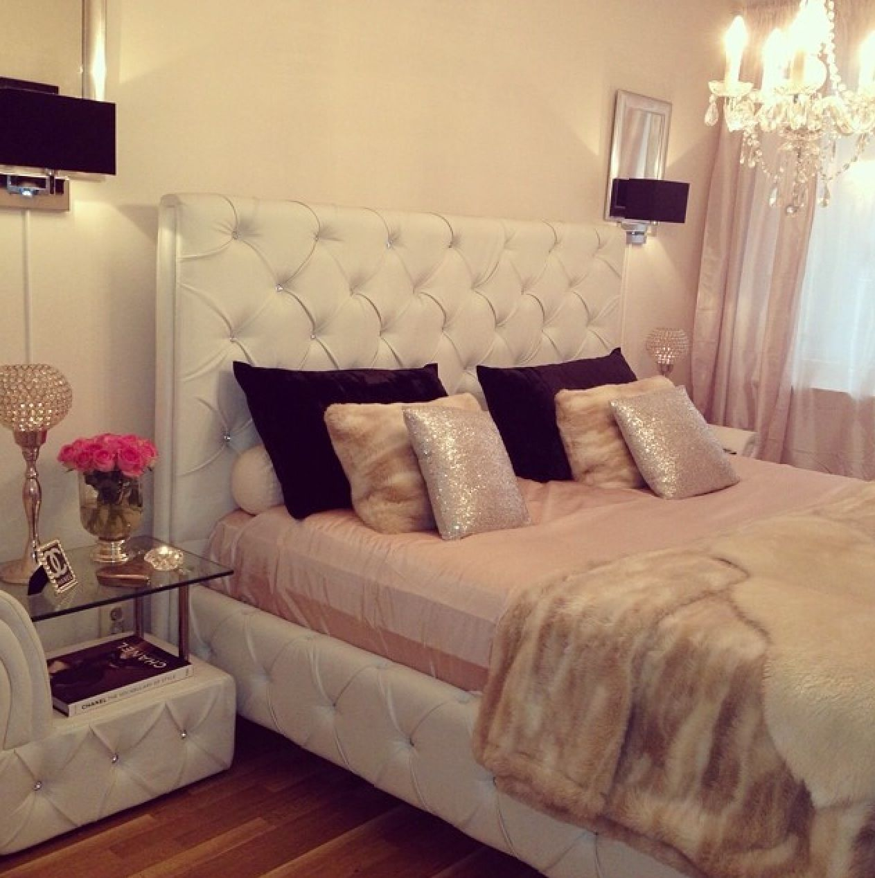 Best Love The Boudoir Glam Especially The Nightstand From Ig 400 x 300