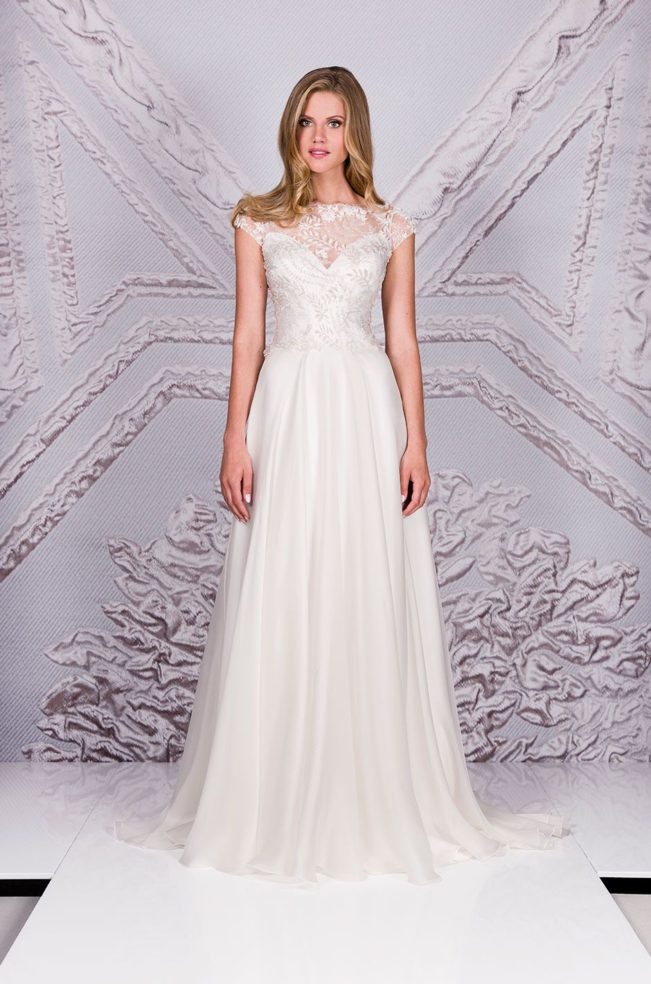 be706fdbced8 Suzanne Neville Picasso | 2017 Collections | Wedding dresses ...