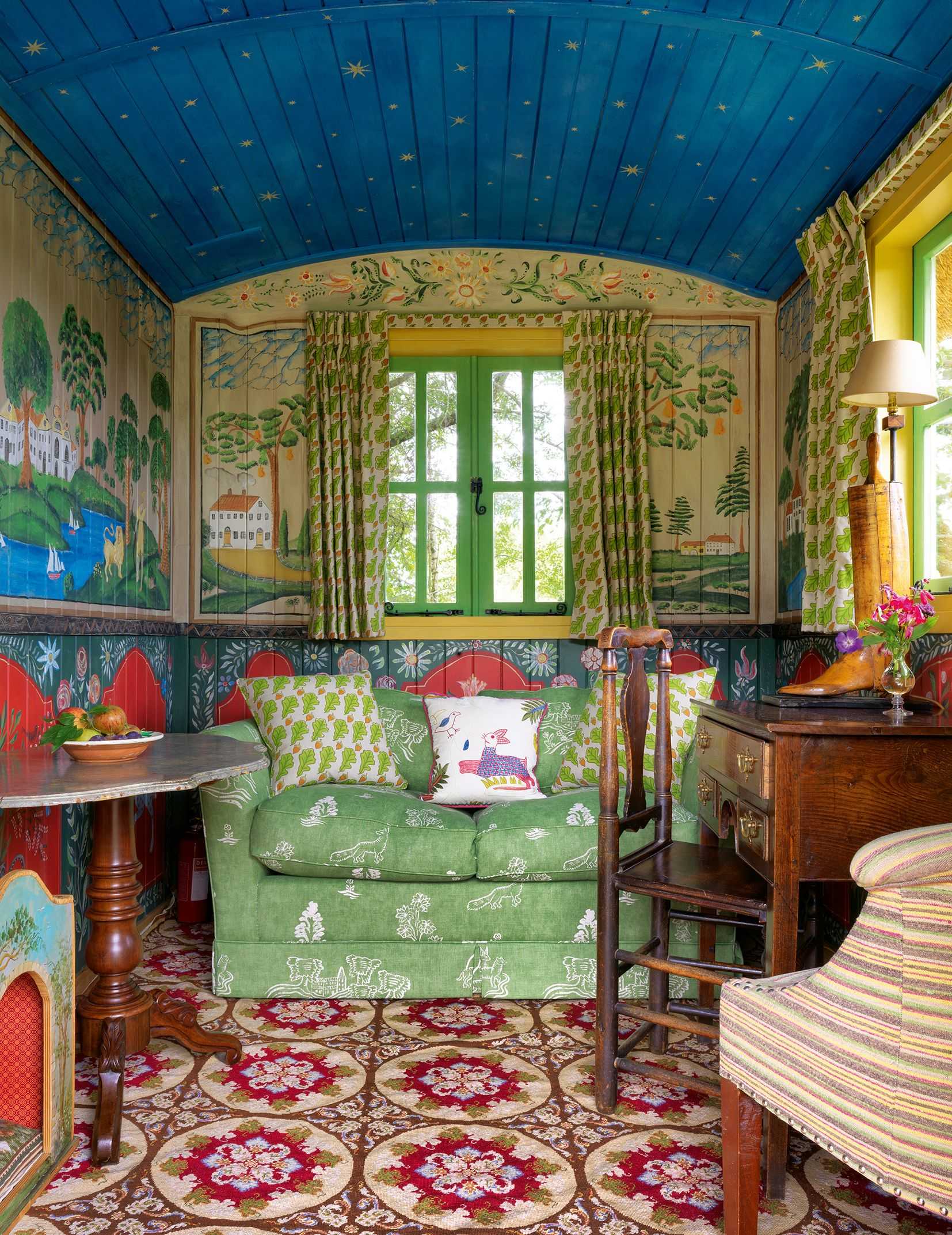 Kit Kemp S Shepherd S Hut World Of Interiors Interior Decor