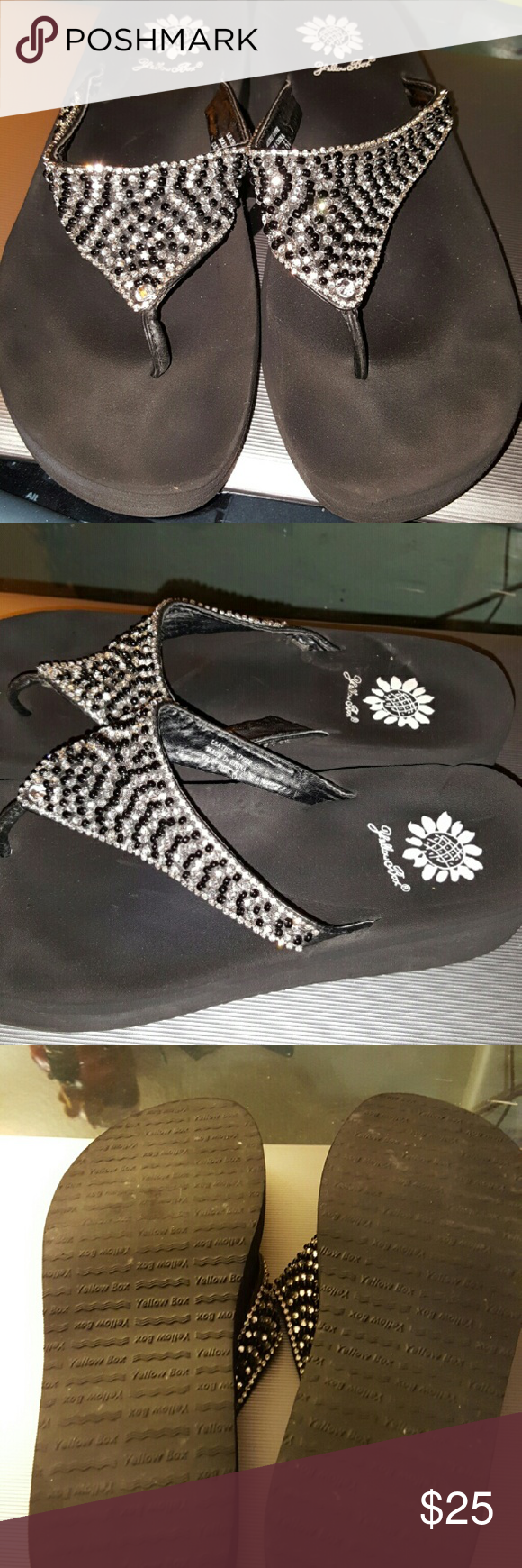 Yellow box bling sparkle flip flips sz 6.5 Yellow box sandals size 6 and a half West black silver and clear beading in great used condition. Worn once or twice were too small. Comes from a non-smoking very clean home. Yellow Box Shoes Sandals