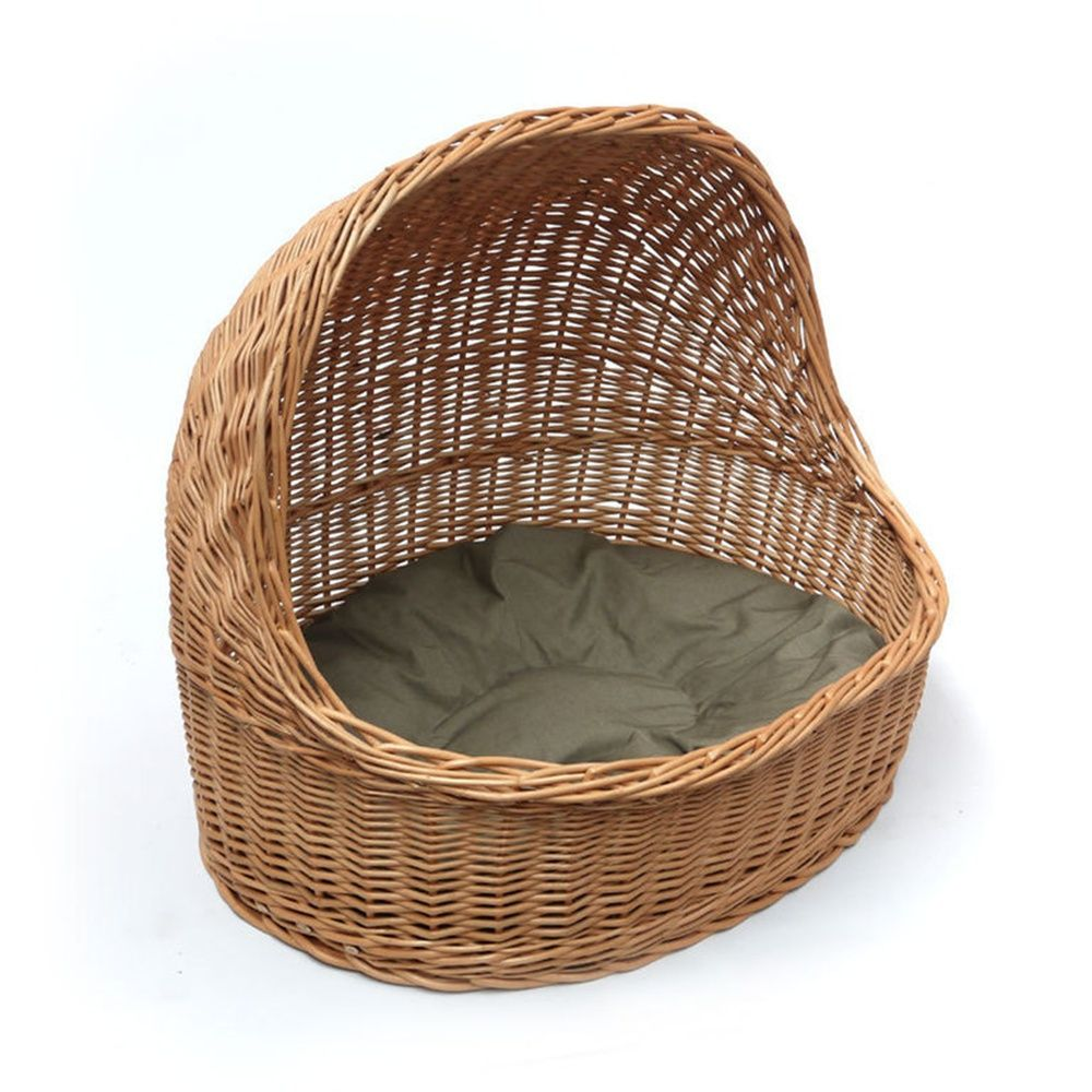 Red Hamper Wicker House and Bed, £40.00 (http//www