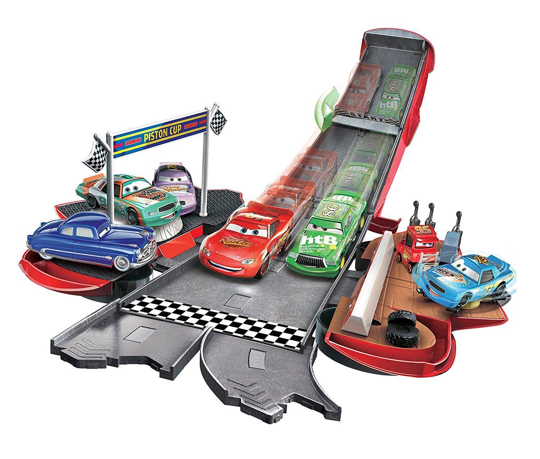 Disney Pixar Cars Transforming Lightning McQueen Playset