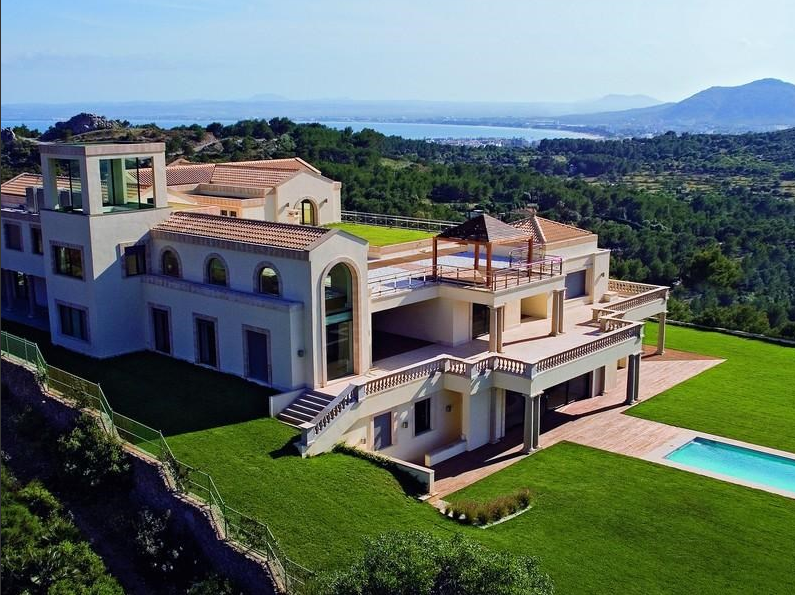 #MillionDollarMonday So, you want 8 Bedrooms, 8 Full Baths, 2 Half Baths & 26,425 sq ft of living space set on 3.49 acres on a hillside between the bays of Alcúdia and Pollensa in Majorca, Spain? Get your wallet ready, because this one will set you back $55,567,904 USD!