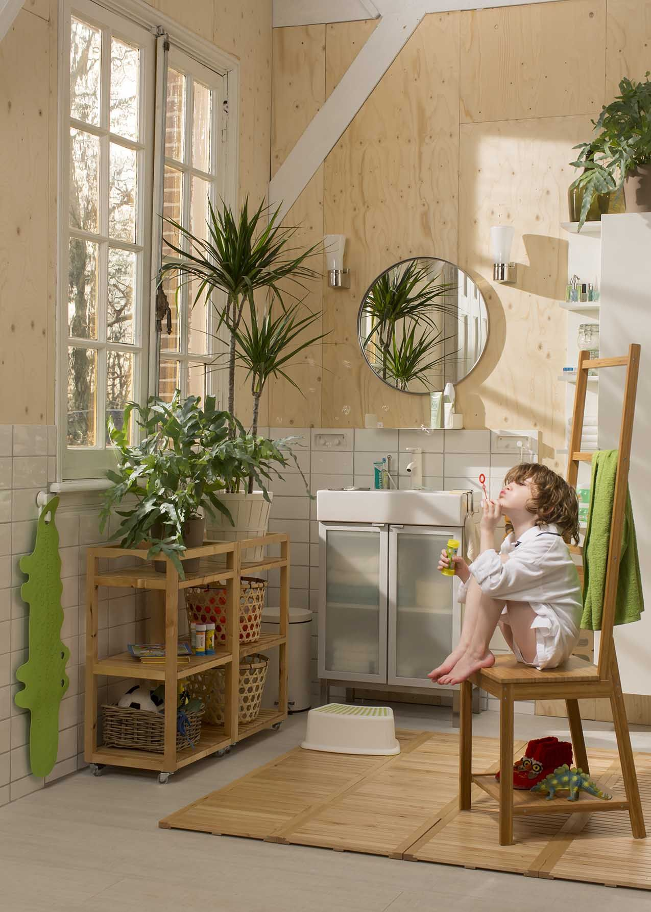 RÅGRUND Stoel met handdoekenrek, bamboe - Bamboe, Badkamer en Met