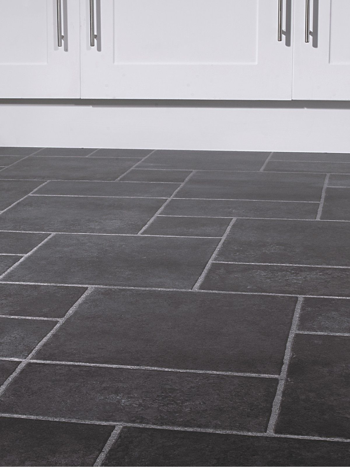Slate Floor Tiles For Kitchen The Dark Slate Color And Different Size Tiles Is Very Cool
