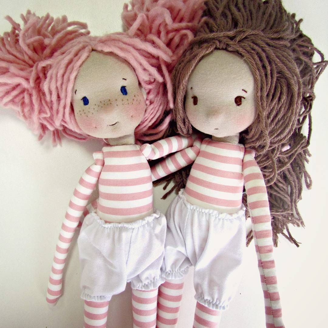 Ava e Adia #sisters #love #fabricdoll #handmadedoll #ooak