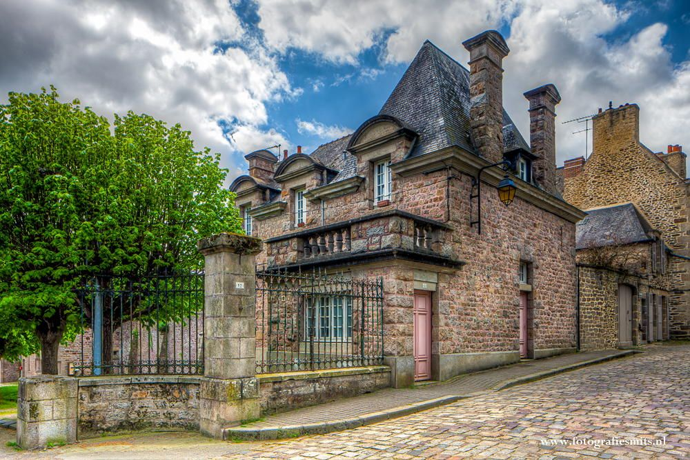 Dinan streetview by Marc Smits on 500px