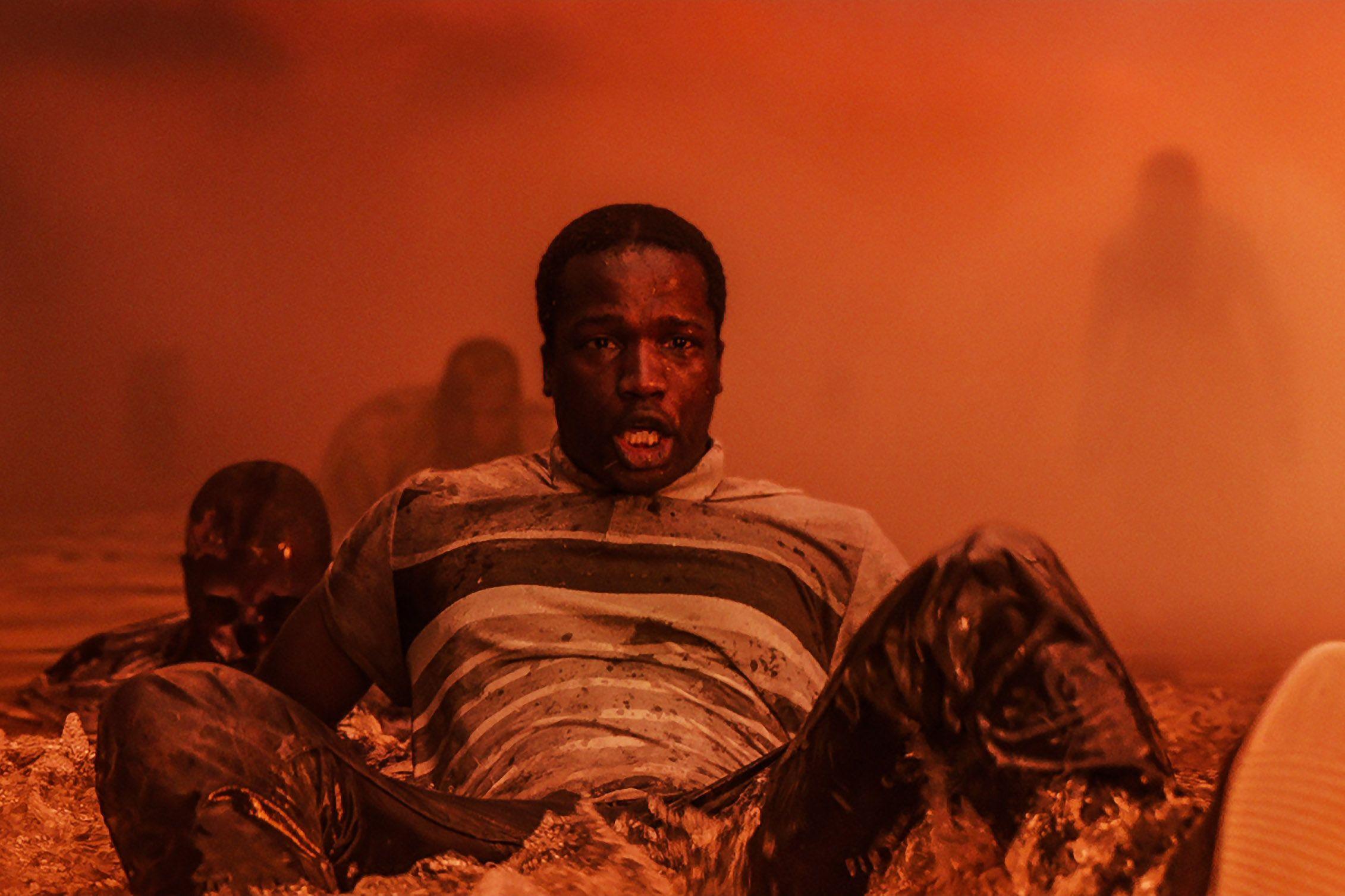 His House Review: Bukan Kisah Rumah Berhantu Biasa di 2020   Afrika,  Adaptasi, Rumah berhantu