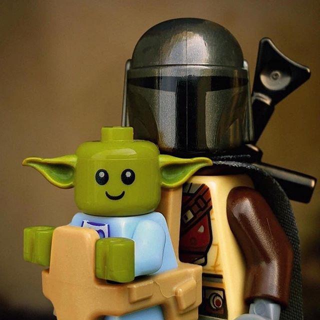 Baby Yoda Con El Mandalorian Happytoys82 Mandalorian Starwars Legostarwars Lego Mandalorian Lego Baby Lego Star Wars