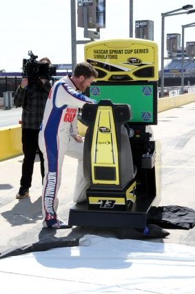 Earnhardt stars in Sprint Drive First app shoot News