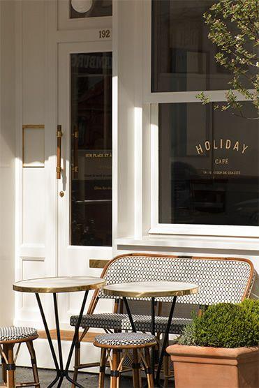 Holiday Cafe 192 Avenue De Versailles 16e Paris Cafe Parisian Cafe Cafe Design