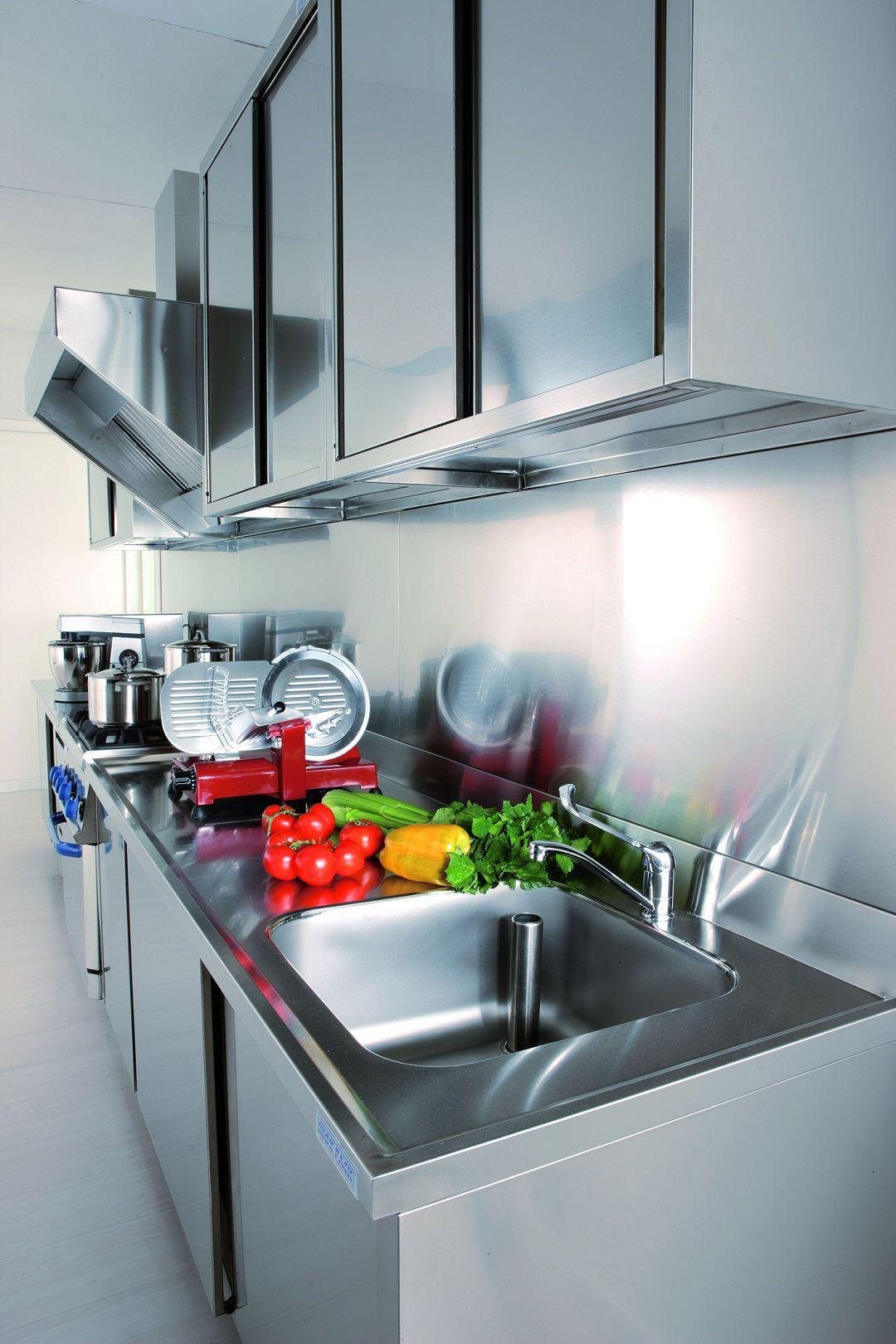 Arca Cucine Italia Cucine Domestiche In Acciaio Inox 12 Gourmet Grand Chef Aspirazione E Pens Cucine Di Lusso Decorazione Cucina Cucina In Acciaio Inox