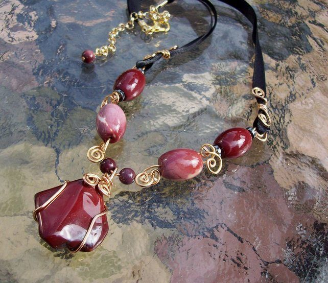 Mookaite Wrap Necklace Gold plated £24.00