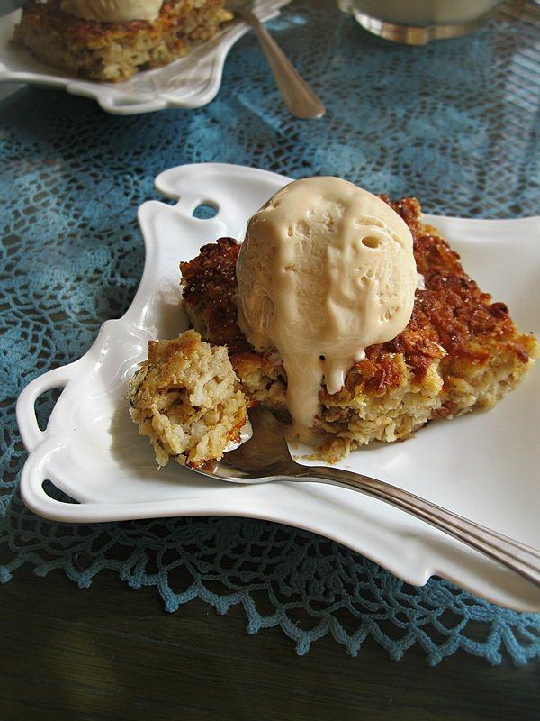 Apple & Oats Cake with Hazelnut Icecream