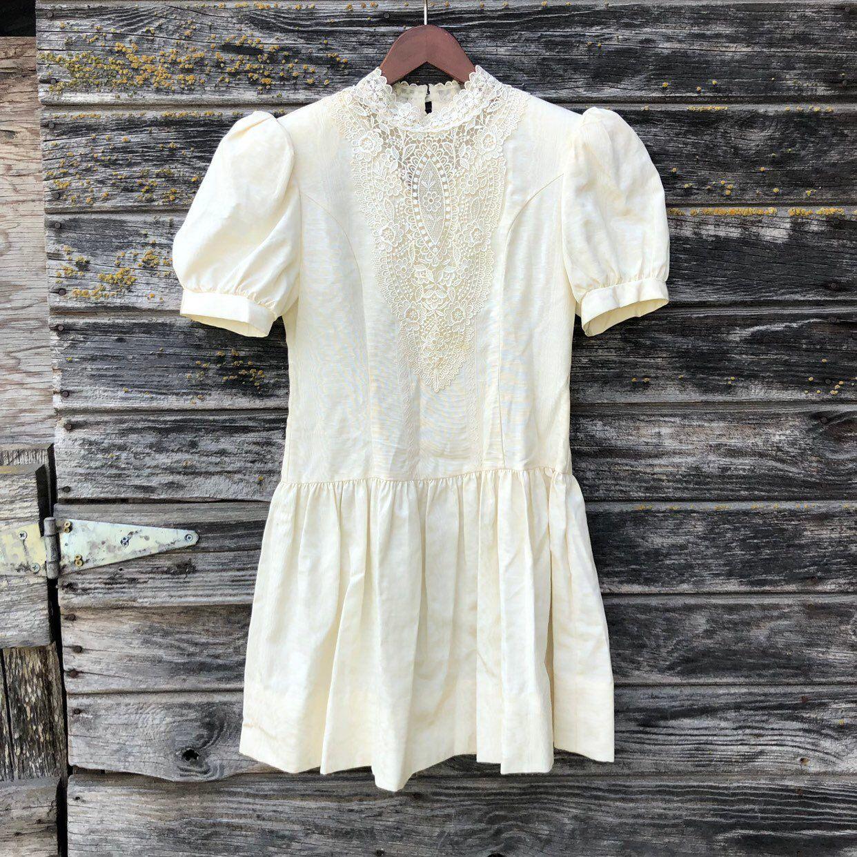 Vintage Gunne Sax dress ivory lace puff sleeve flower girl