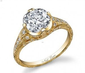 Love this ring! Definitely like classic gold rings better than the white gold. Beautiful!