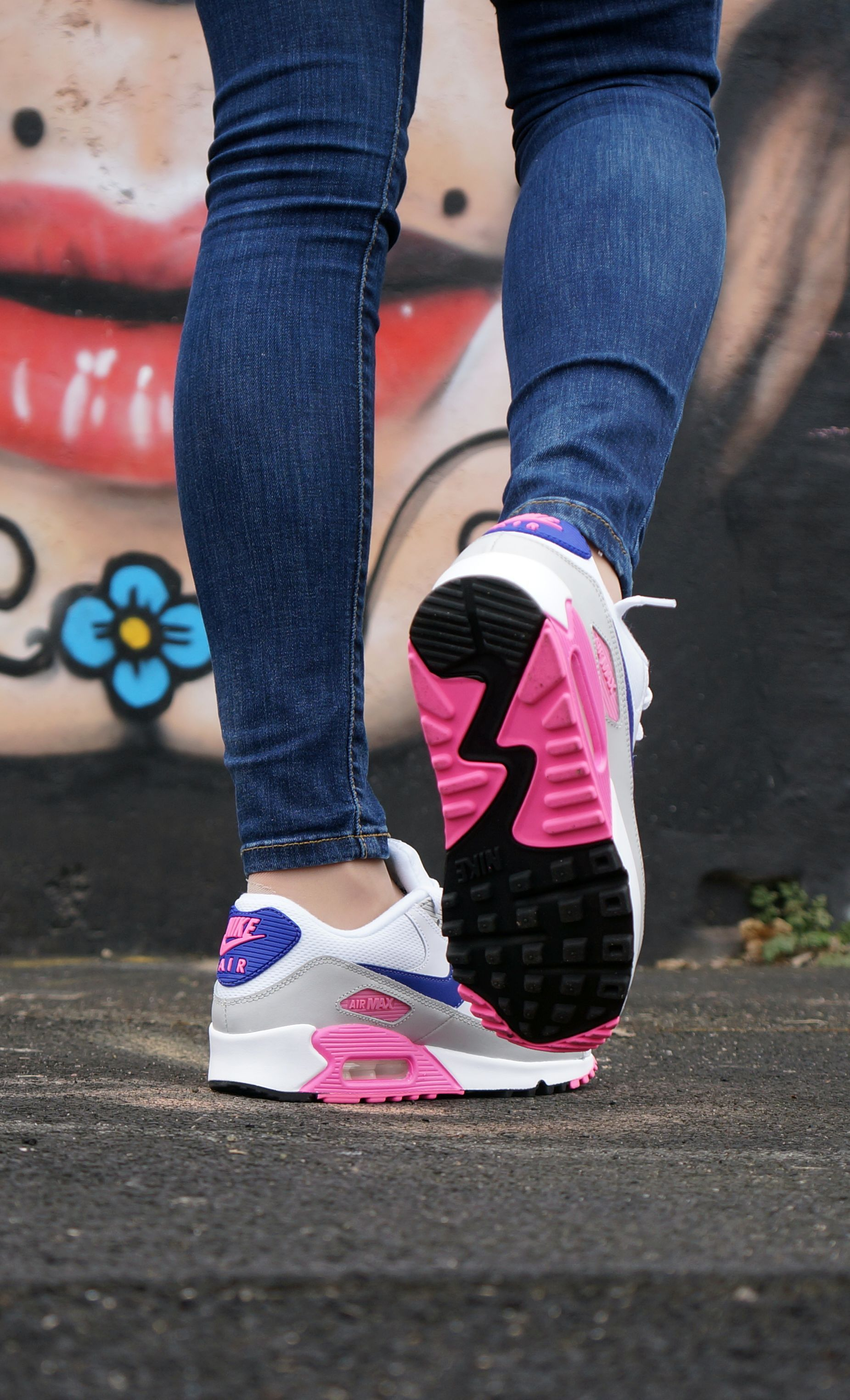Air Max 90 Formateurs Essentiels De La Femme Pinterest