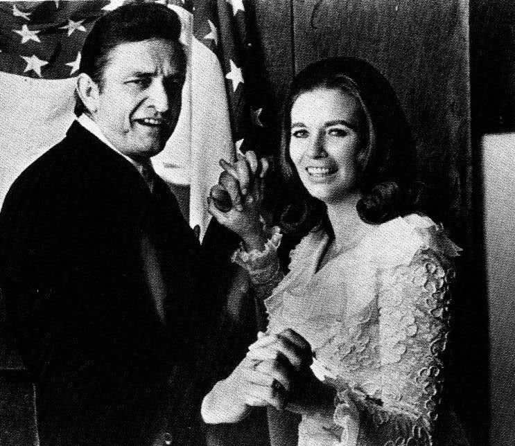 Johnny cash june carter ladies of country music for Pictures of johnny cash and june carter