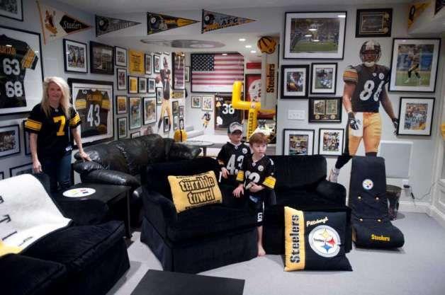 Steelers Room Football FansFootball PlayersCave InBasement BarsCollege BasketballMan CavesGarage IdeasGame