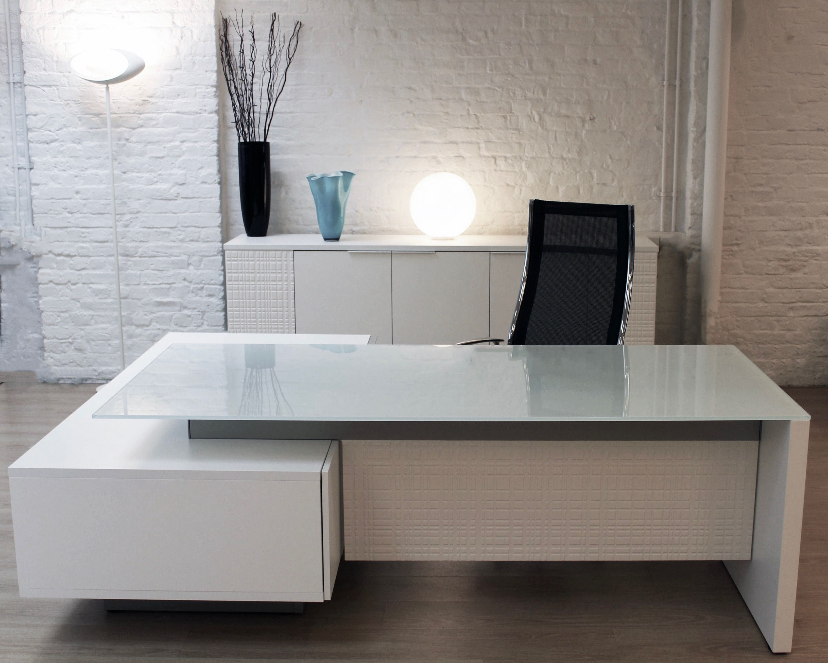 Modi Executive Desks Meeting Tables And Coffee Tables Are Now All