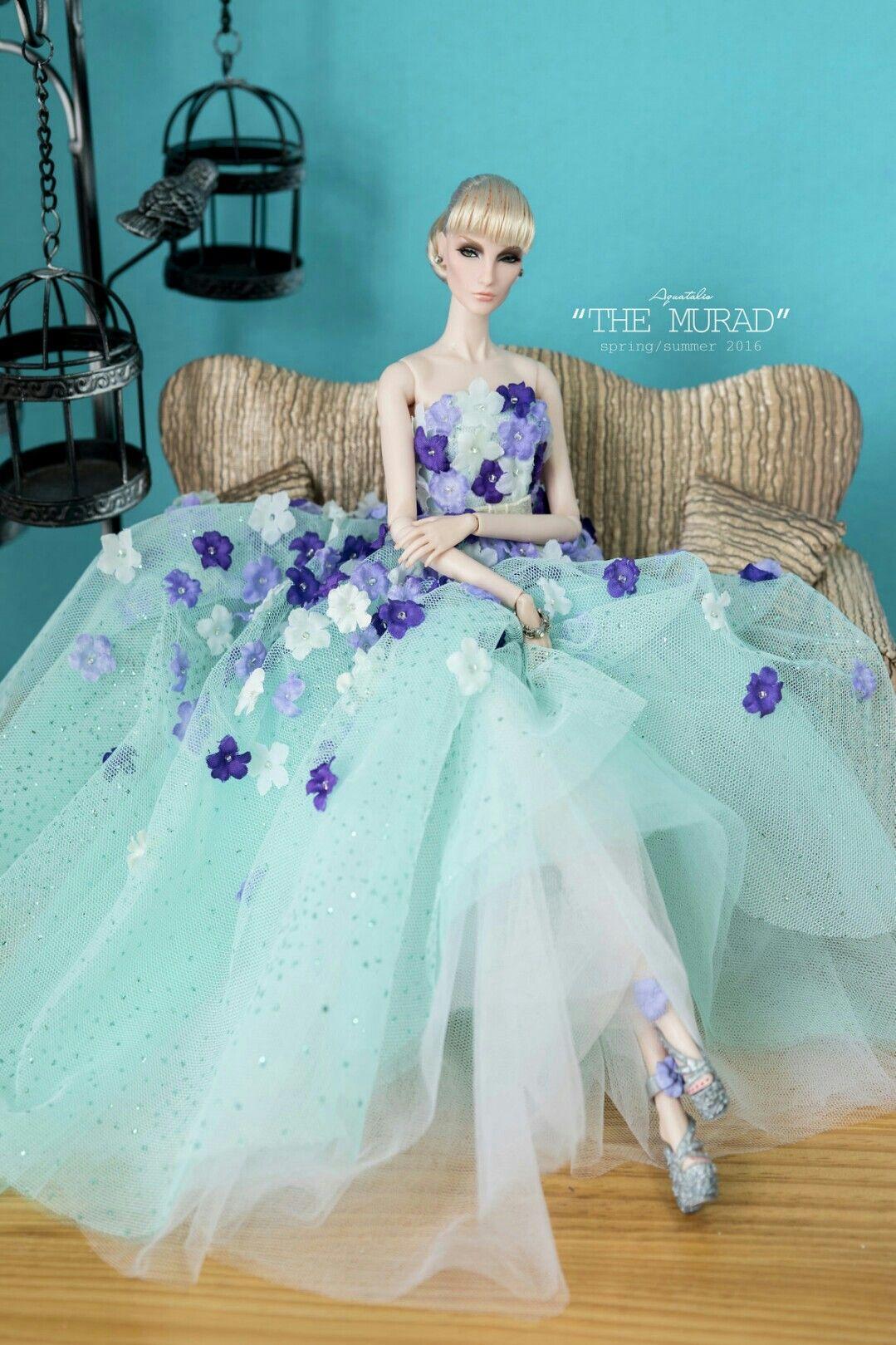 Pin de Ana Lúcia en Elise   Pinterest   Vestido de Barbie, Muñecas y ...