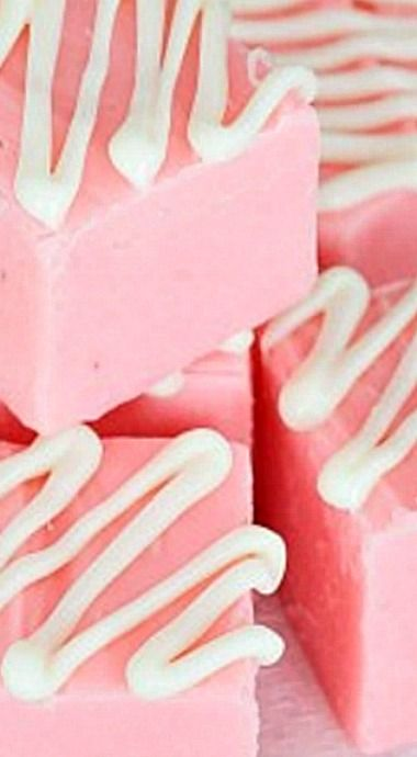 Easy Pink Lemonade Fudge ❊